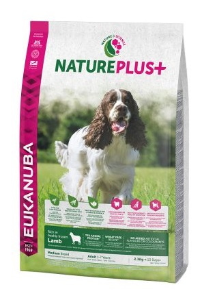 Eukanuba NaturePlus+ Adult Medium Dog bárány